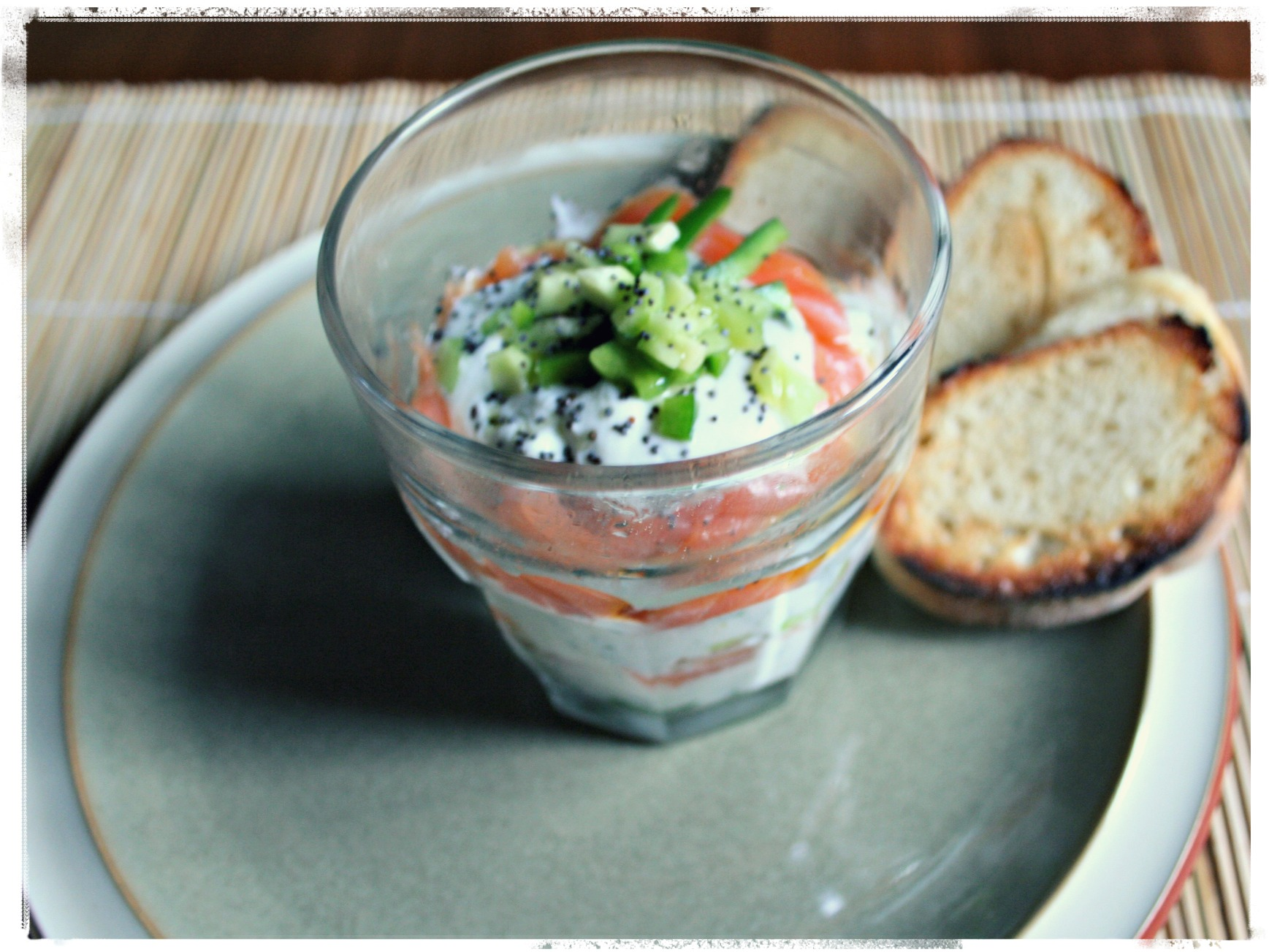 Ricetta Salmone Affumicato E Yogurt Greco.Salmone Affumicato E Yogurt Greco Con Le Mani In Pasta