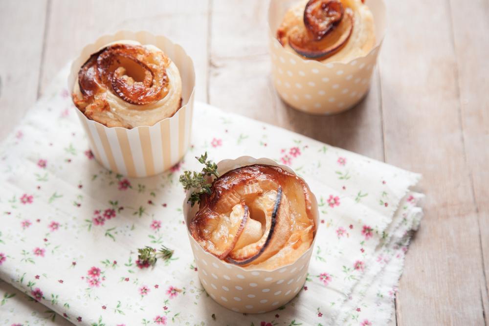 Rose di finta sfoglia mele Pink Lady e camembert--2