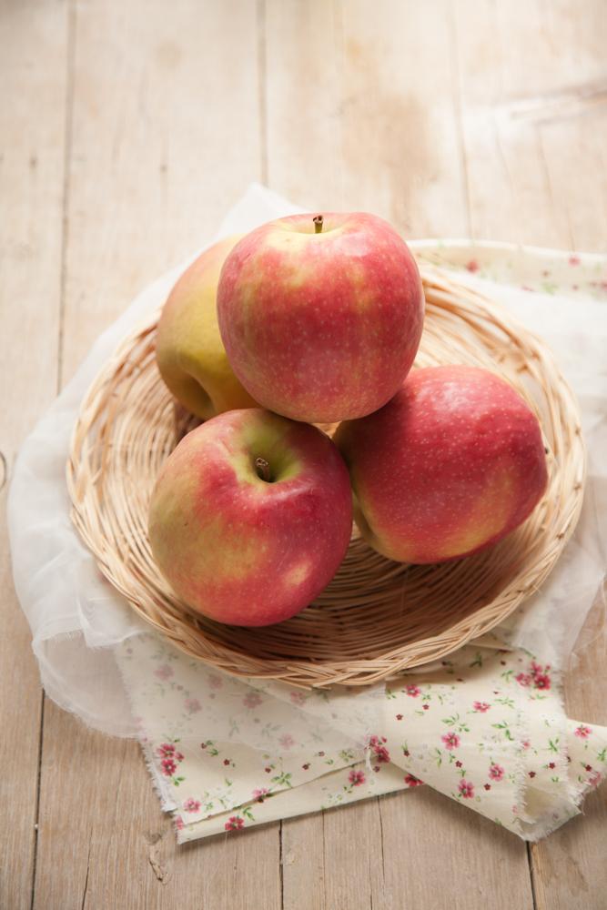 Rose di finta sfoglia mele Pink Lady e camembert-4