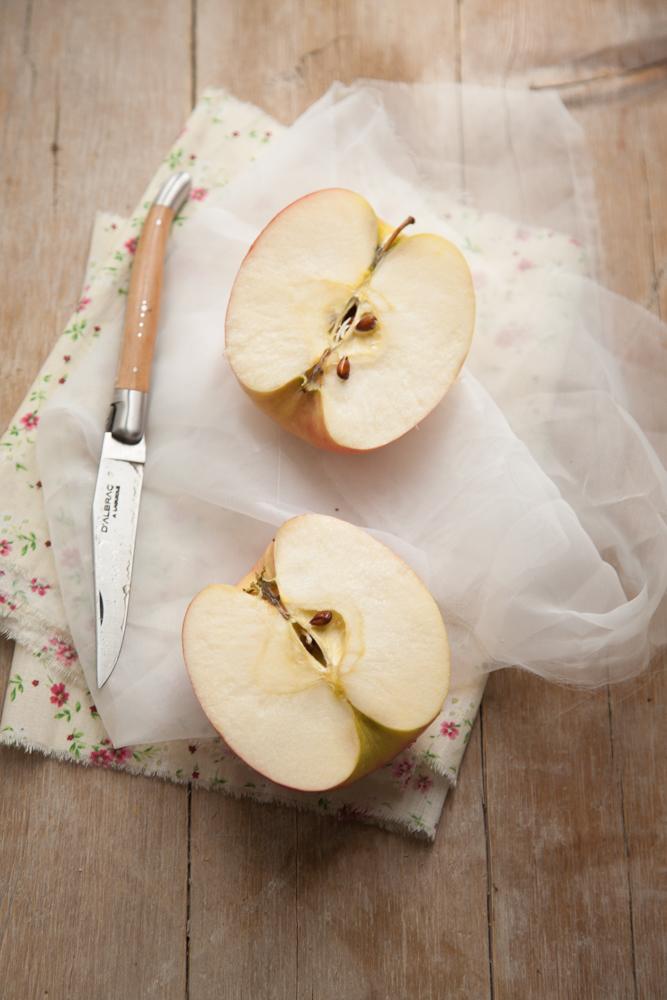 Rose di finta sfoglia mele Pink Lady e camembert-5
