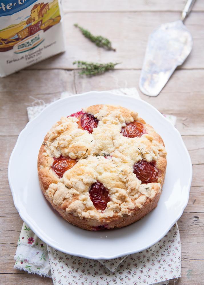 torta prugne crumble farina di mandorle timo-4790