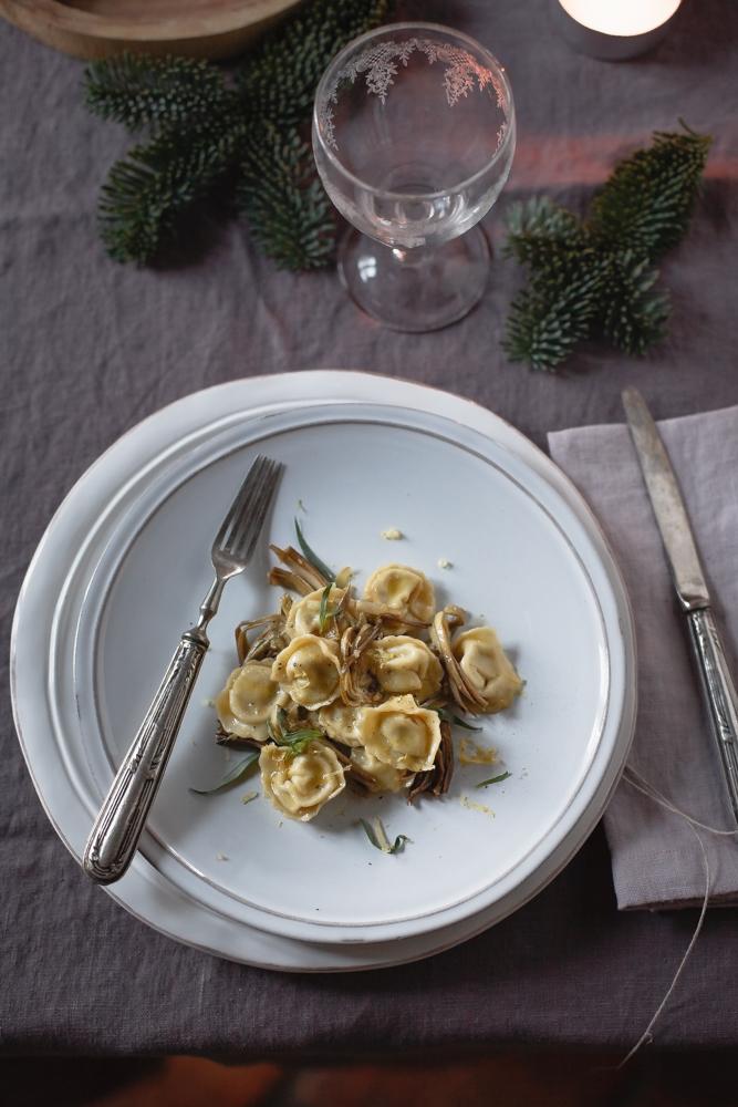 Pasta fresca Ravioli con carciofi e mozzarella di bufala affumicata-8