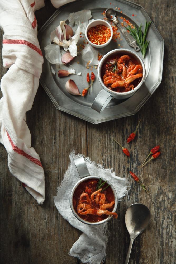 Moscardini piccanti in umido