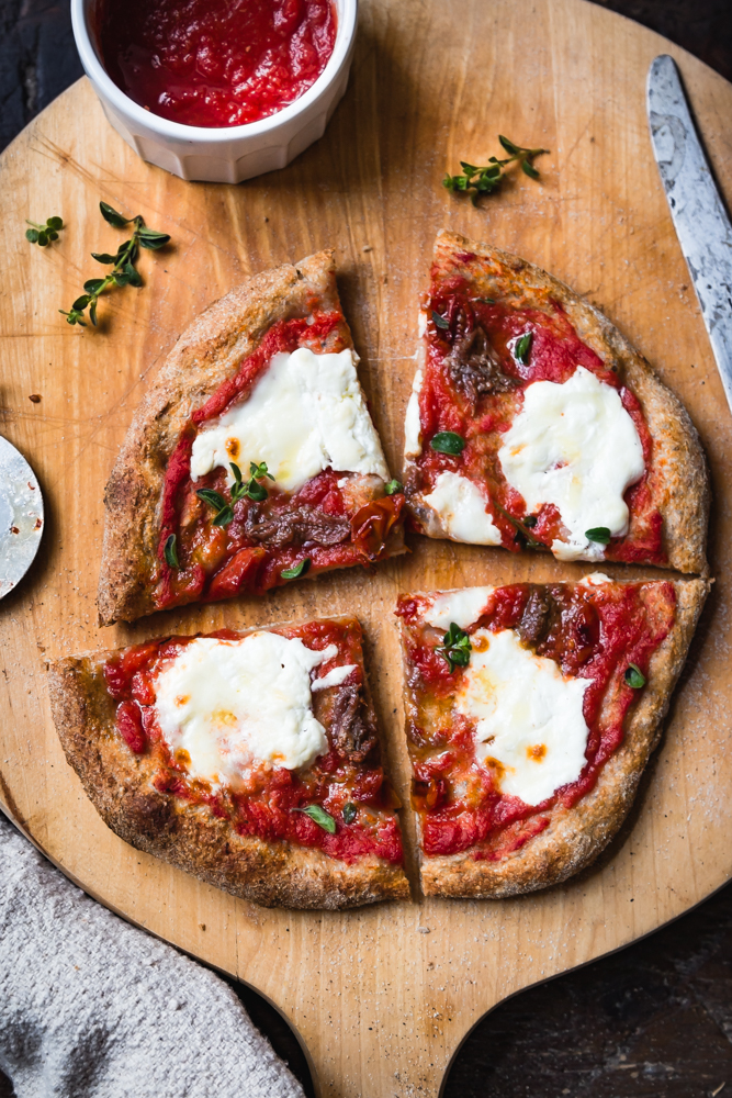 Ricetta Impasto Pizza A Lunga Lievitazione.Integrale E Leggera La Pizza A Lunga Lievitazione Con Le Mani In Pasta